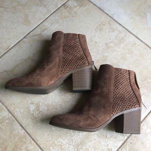 Brown Cognac Suède Boots